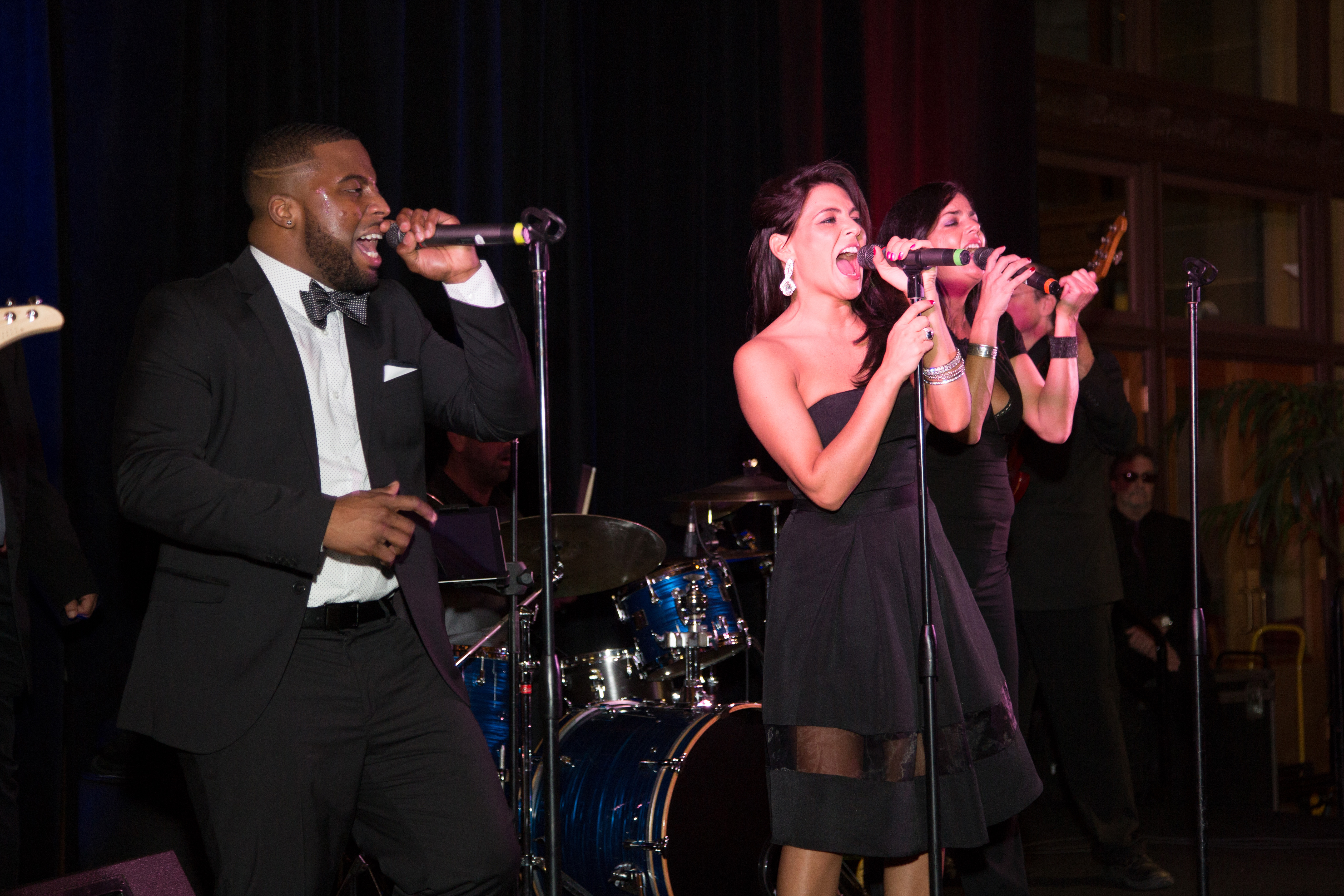 In The Mood - Best Dance Rock Party Band - Non-Profit Events in Pittsburgh